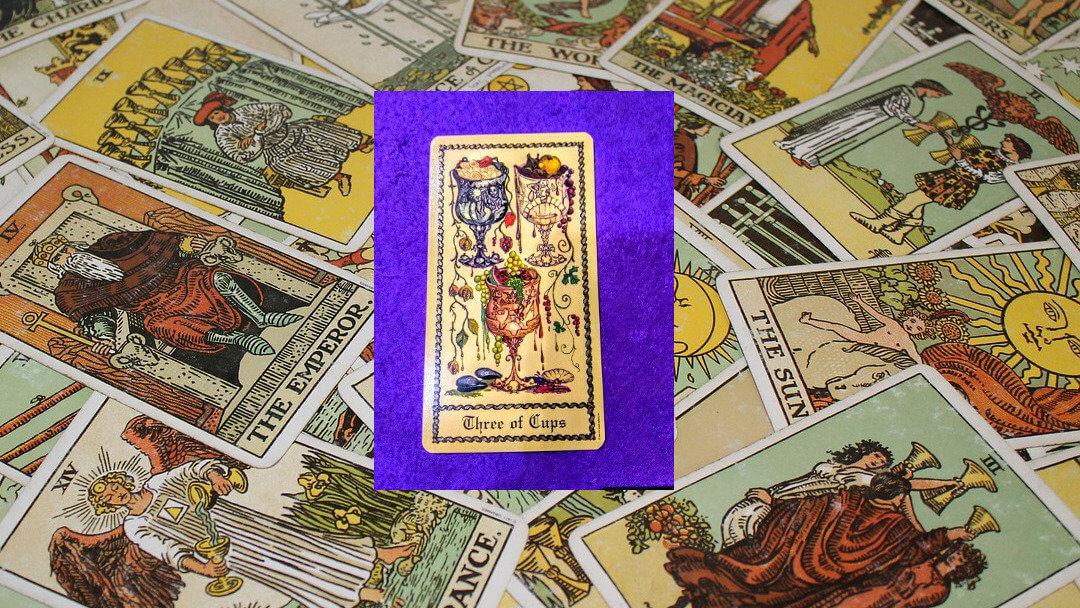 Carta de Tarot-El Tres de Copas