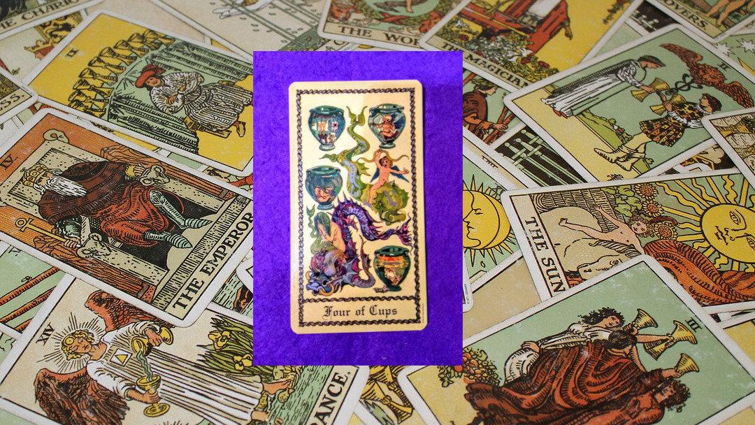 Carta de Tarot-El Cuatro de copas