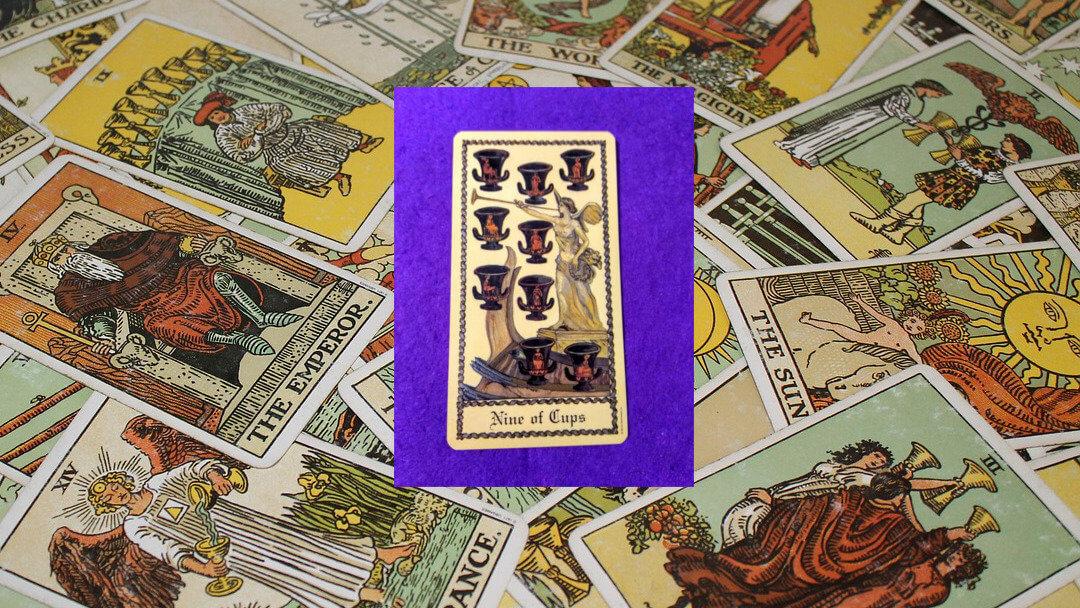 Carta de Tarot-El Nueve de Copas