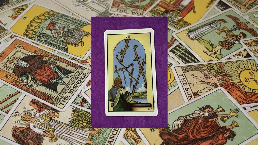 Carta de Tarot-El Ocho de Bastos