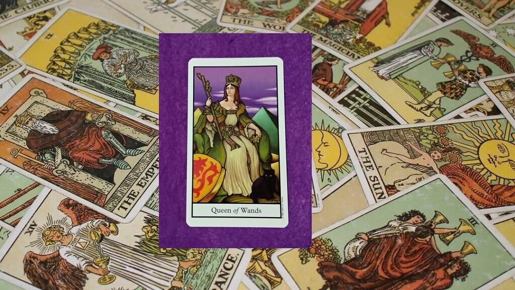 Carta de Tarot-La Reina de Bastos