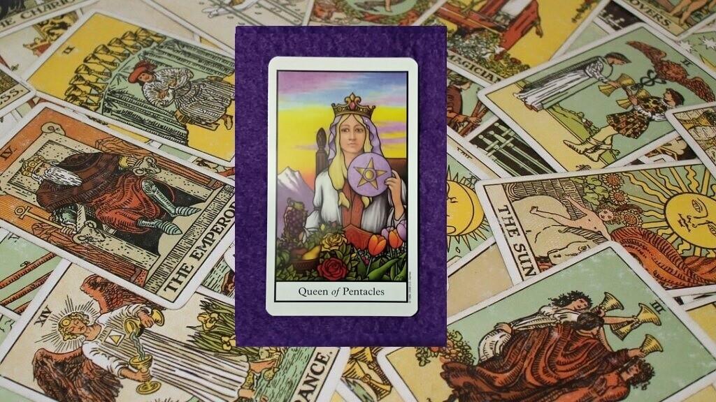Carta de Tarot-La Reina de Oros